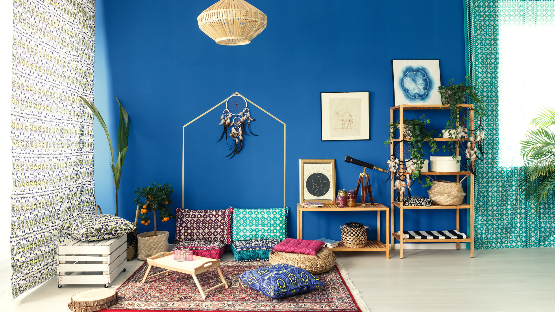 Great tips to create a Bohemian inspired interior design!