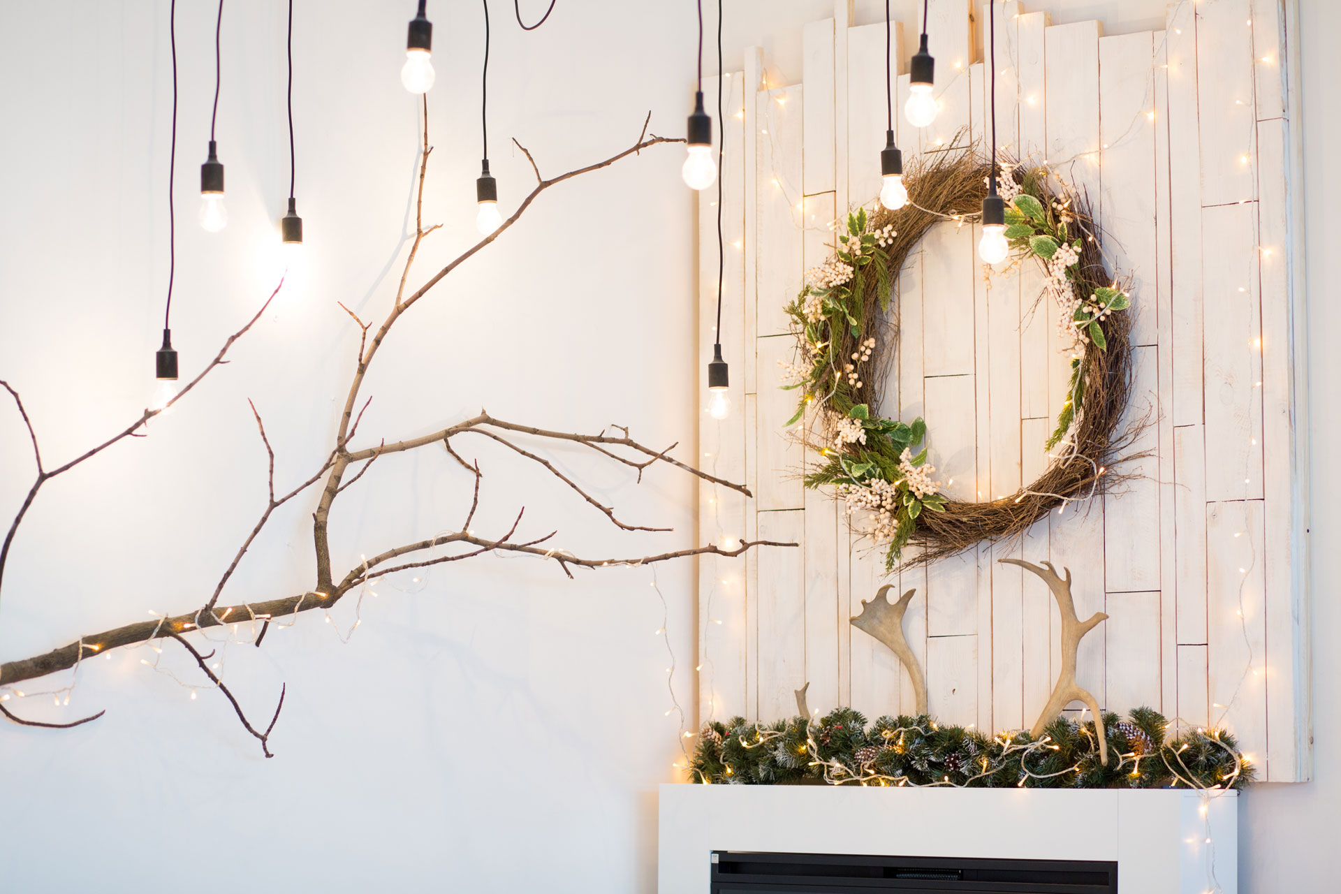 Beautiful hanging Christmas Decoration Ideas