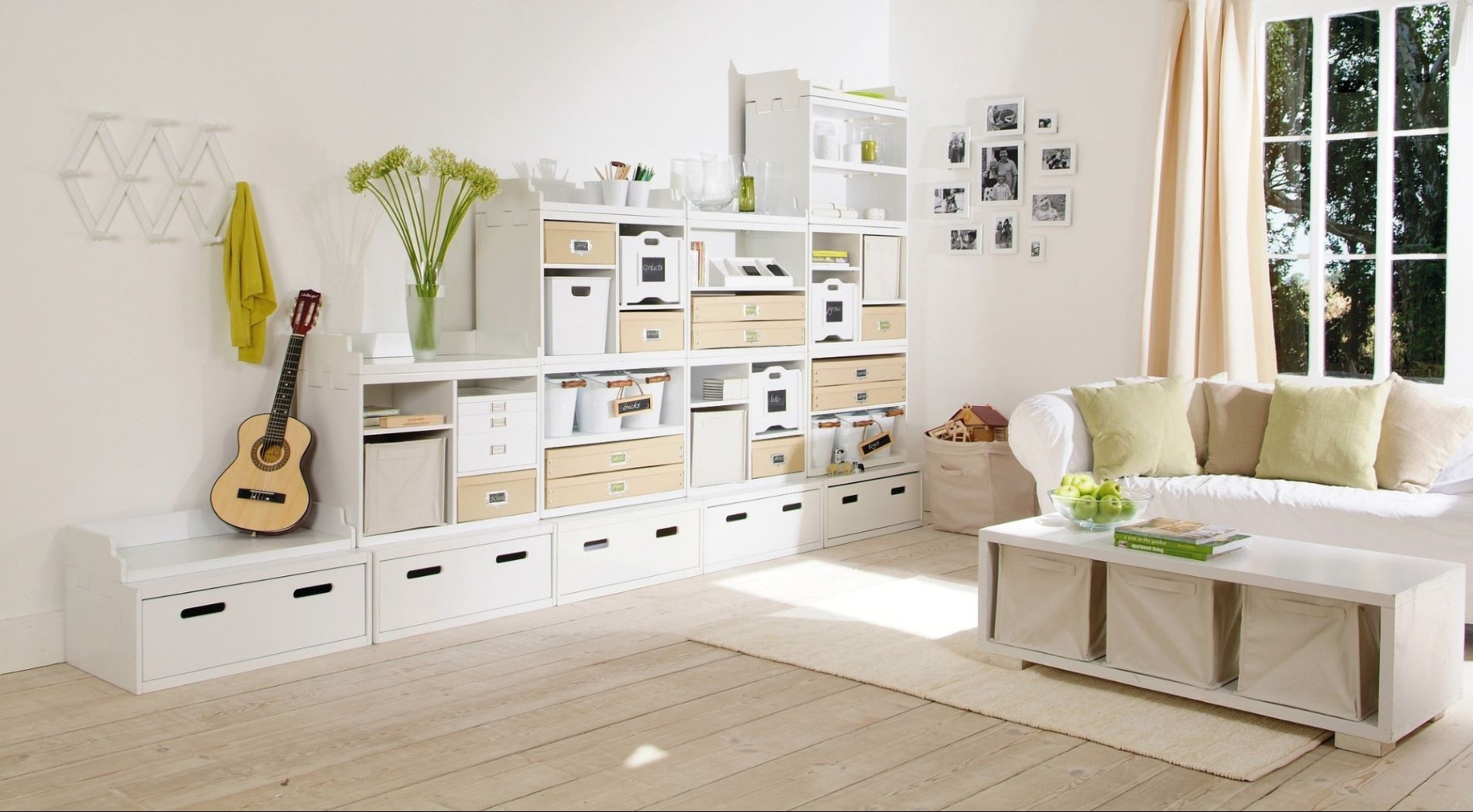 Declutter Living Room With Adjustable Drawers