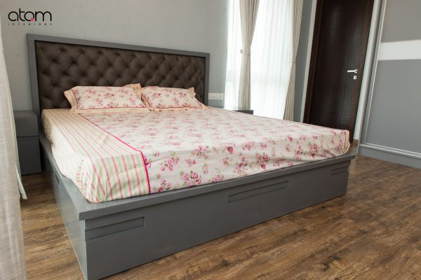 Modern Bed with Headboard