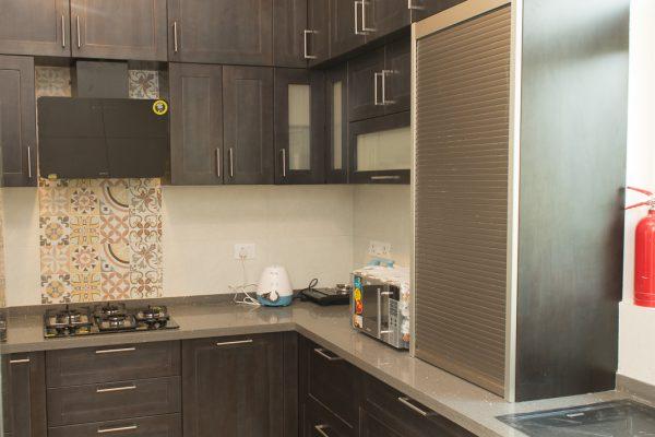 Modern-classic L-shaped Kitchen