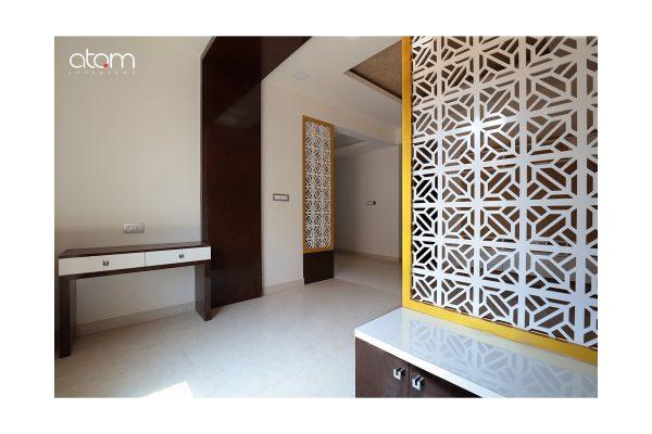 Ultra Modern Foyer Partition